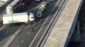 Ataque terrorista na Ponte de Londres