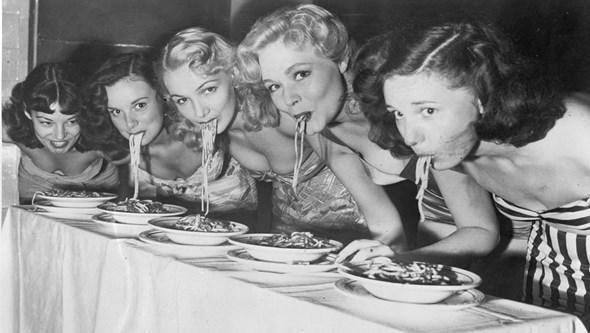 Quatro maus hábitos que nos fazem engordar