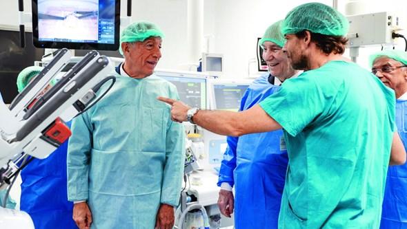 Primeiro robô a entrar no Serviço Nacional de Saúde já está ao serviço