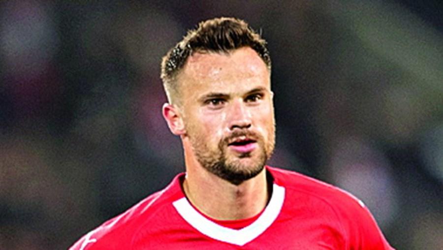 Seferovic tem 27 anos