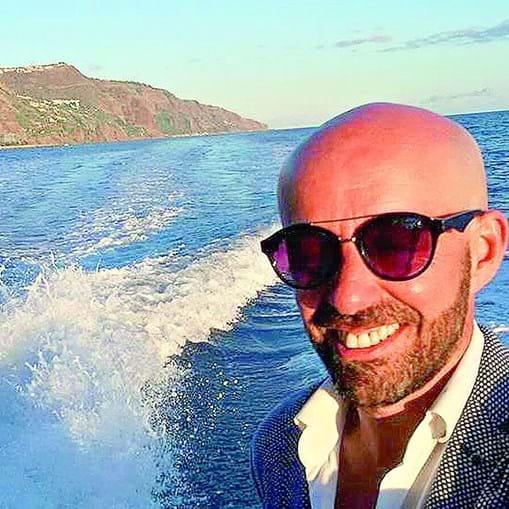 Ricardo Marques Ferreira era madeirense. Deixou a região autónoma para trabalhar no continente e, há cerca de dois anos, emigrou para a Suíça