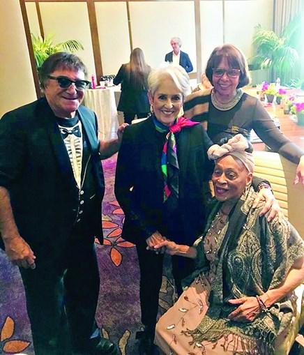 José Cid com Joan Baez, Omara Portuondo e a mulher, Gabriela Carrascalão