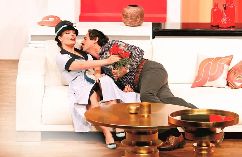 Melânia Gomes protagoniza comédia familiar 'Ding Dong'