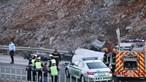 Colisão mata duas mulheres e menino de 7 anos na A22 em Loulé. Há ainda sete feridos, três deles crianças