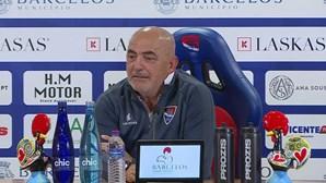 """Vítor Oliveira: """"O Sporting para ter melhores resultados precisa de melhores jogadores"""""""