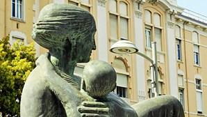 Professora primária grávida agredida por mãe de aluno em Lisboa
