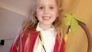 Menino quer dar funeral de princesa à irmã de cinco anos. Isla tem apenas algumas horas de vida