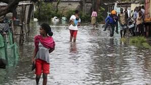 """Chuvas intensas em Moçambique lembram o """"pesadelo"""" de um passado recente"""