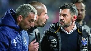 """""""Ó boi...  deu-me um soco"""": as palavras do treinador da Belenenses SAD após agressão"""