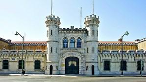 Guarda infetado com Covid-19 faz turno na Cadeia de Lisboa