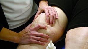 Fisioterapeutas alertam para não cumprimento da norma das prioridades na vacinação da Covid-19