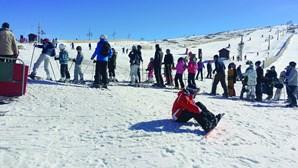 Habitantes da Covilhã recusam ser fãs de esqui e desmentem José Sócrates