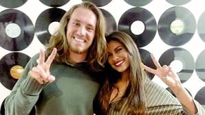 Carolina Loureiro passa Natal no Brasil com o namorado