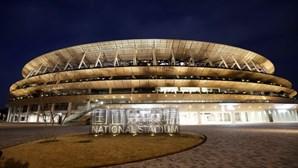Este é o novo estádio em Tóquio onde vão decorrer os Jogos Olímpicos de 2020