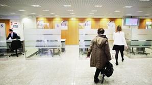 Banca com nova vaga de saída de trabalhadores e admite despedimentos