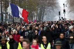 Greve geral contra reforma do sistema de pensões em França
