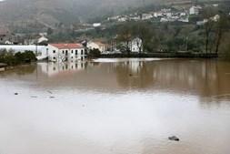 Cheias provocadas pela subida da água do rio Ceira, em Ceira, em Coimbra