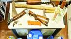 Homem guardava armas de fogo e grogue em café de bairro