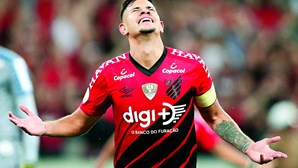 Jorge Jesus recomenda Bruno Guimarães a Vieira