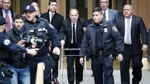 """""""É um predador"""": MP acusa produtor Harvey Weinstein por abusos sexuais"""