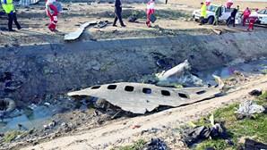 Erro de soldado iraniano abate avião e mata 176 pessoas a bordo