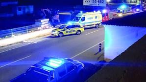 Homem morre após despiste contra muros em Faro