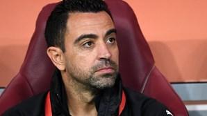 Ex-futebolista Xavi doa 150.000 euros a consórcio de saúde de Barcelona