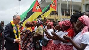 Última dia de visita de Marcelo a Moçambique marcado por palavras de paz da oposição