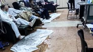Chuva torrencial deixa salas alagadas no Hospital de São José em Lisboa