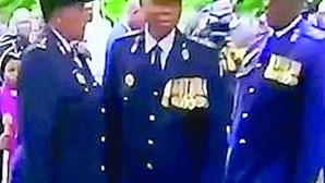 Polícias 'perdidos' em cerimónia oficial