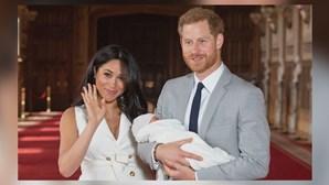 """Harry desabafa sobre afastamento da família real: """"Fico muito triste por ter acabado assim"""""""