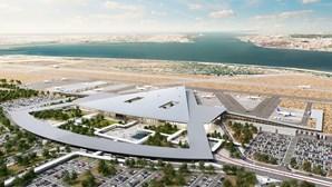 Governo avalia três soluções para construção de novo aeroporto. Alcochete volta a estar em cima da mesa
