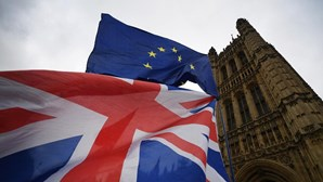 Brexit com aval de comissão do Parlamento Europeu