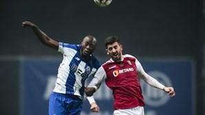 FC Porto recebido no Dragão com insultos e assobios