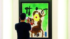 Ex-gestor do BPN condenado a 7 anos de prisão por burla em venda de quadros de Miró no Porto