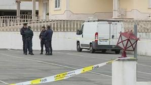 Homem encontrado morto dentro de carrinha em Sintra