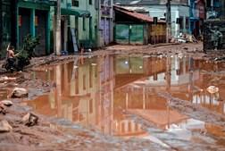 Chuva forte em Minas Gerais no Brasil