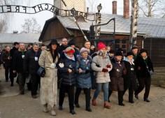 Presidente polaco recorda horrores de campo de concentração de Auschwitz