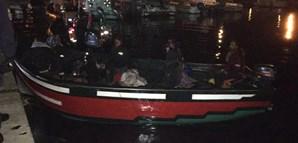 Imigrantes ilegais chegaram a Olhão num barco de madeira