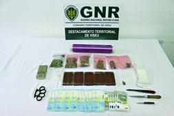 GNR apreendeu droga, dinheiro e armas