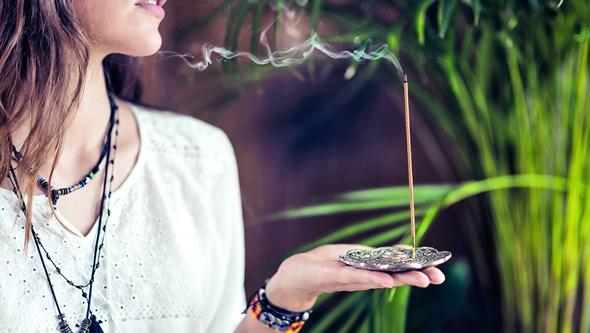 """""""Substâncias são reconhecidamente carcinogénicas"""": Incensos e velas provocam cancro"""