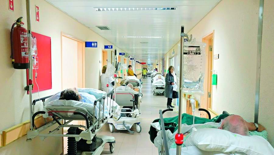 Serviço de Urgência do Hospital de Viseu vive há vários meses uma situação de verdadeiro caos