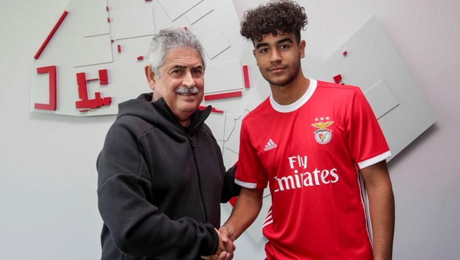 Médio Rafael Brito renova com o Benfica até 2024