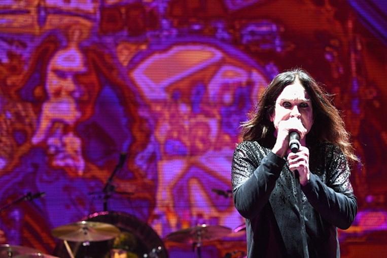 Ozzy Osbourne revela que está a travar luta contra parkinson