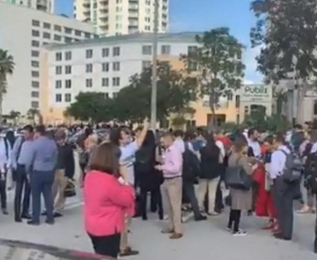 Evacuação de edifícios em Miami devido a sismo entre Cuba e Jamaica