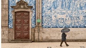 Seis distritos de Portugal continental em alerta amarelo devido à chuva e vento forte