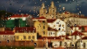 Chuva, descida da temperatura e fenómenos extremos de vento a partir de segunda-feira