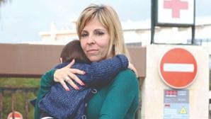 Hospital de Faro 'mata' bebé que afinal está vivo