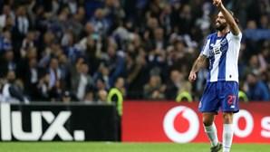 Sérgio Oliveira multado em mais de 5000 euros por atraso de quatro minutos à chegada da zona de entrevistas rápidas