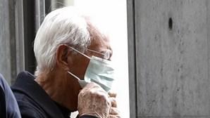 OMS considera irracional usar máscara e gel desinfetante para evitar coronavírus